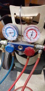 remplissage air climatisé automobile